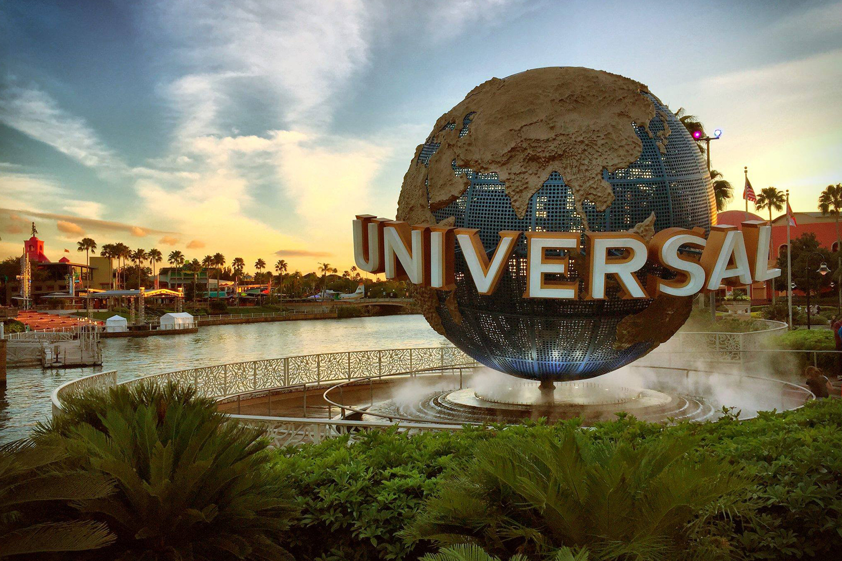 OnSite Universal Orlando Resorts  Stay in the Heart of